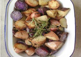 patatas-guarnicion-al-romero-y-ajo